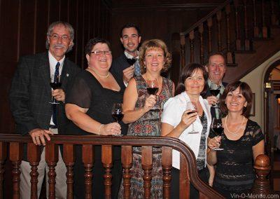 2008-09-12 Les sept membres fondateurs de Vin-O-Monde au Cercle de la Garnison de Québec