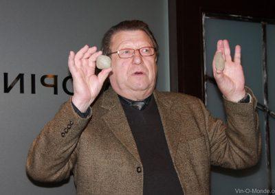 2009-03-12 Jean-Marie Bourgeois nous explique la géologie de ses vignobles