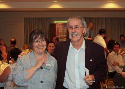 2010-05-28 Félicitations Louise, notre toute première récipiendaire d'une épinglette de fidélité !