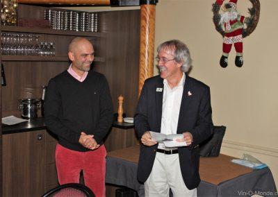 2011-11-17 André Ostertag et notre président, Michel Flamand