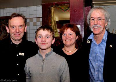 2013-02-20 Xavier Frissant accompagné de son fils Damien, son épouse Isabelle et notre président, Michel Flamand