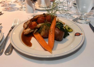 2019-05-17 Suprême de poulet aux lardons fumés et tomates confites